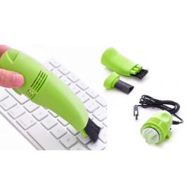 USB vysavač na klávesnici